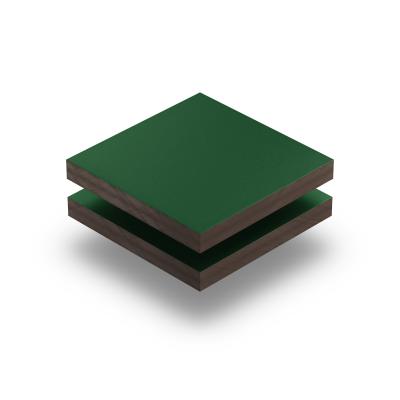 Panneau HPL structuré vert mousse