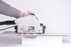 Comment couper du polycarbonate