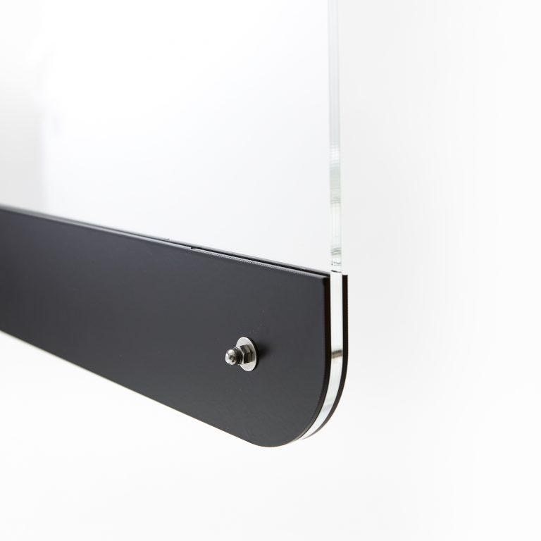 Ecran acrylique monte sur pied en acier
