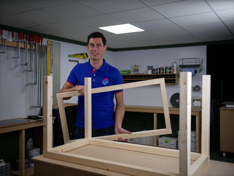 DIY boite a colis assembler le cadre