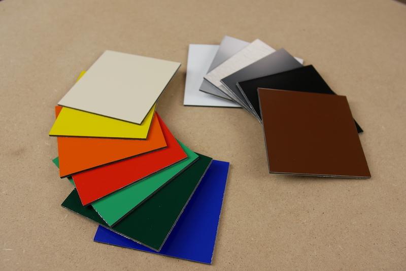 Panneaux Alupanel de differentes couleurs