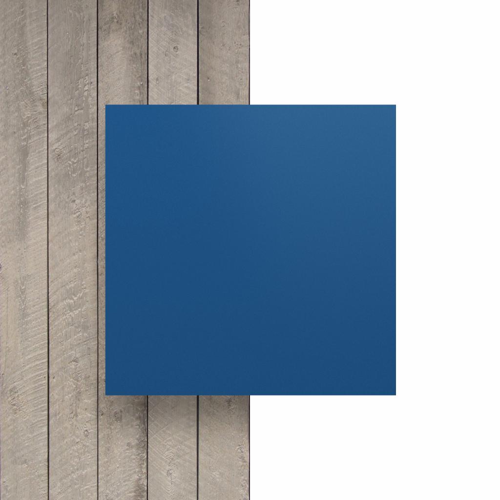Devant plaque de lettres en acrylique bleu mat