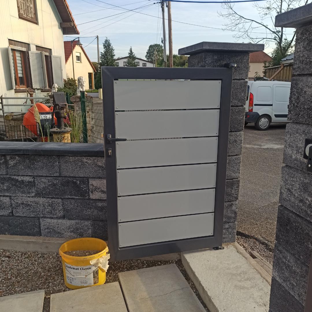 Fabrication d'un portail avec portillon