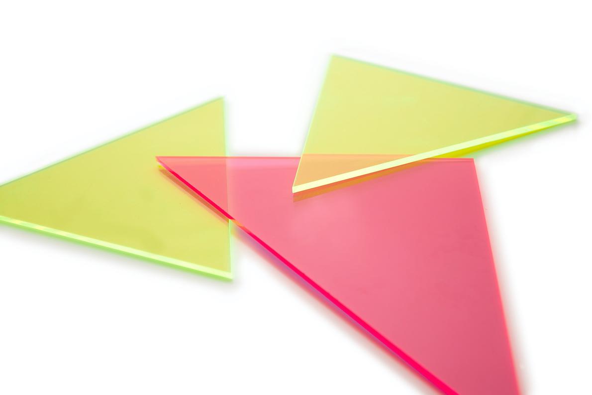 Forme en plastique triangle